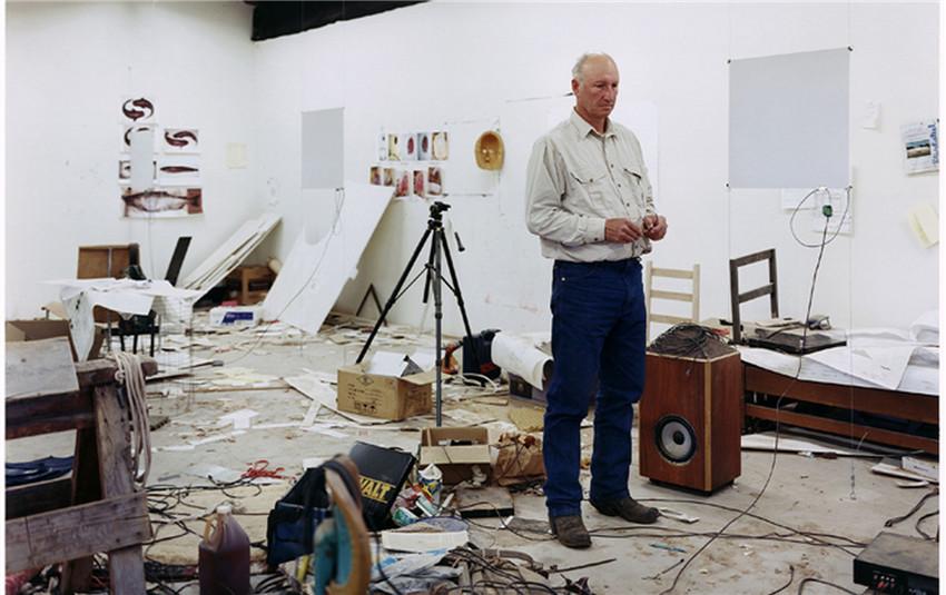 美国艺术家布鲁斯·诺曼(Bruce Nauman)于卡地亚当代艺术基金会举办个展.jpg