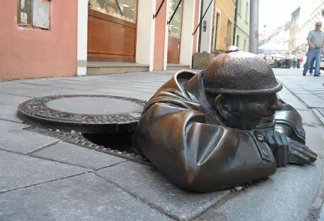 旅行时不可错过的那些经典城市雕塑
